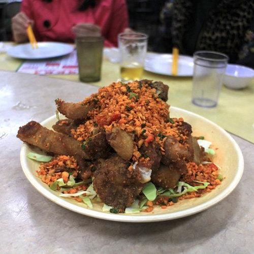 makanan khas hongkong Kaki Babi Krispy