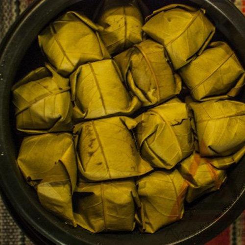 makanaan khas kuningan Tape Ketan dalam Ember