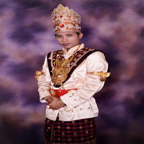 Pakaian Adat Lampung Pria