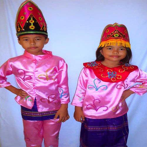 Pakaian Keseharian Bagi Anak-anak
