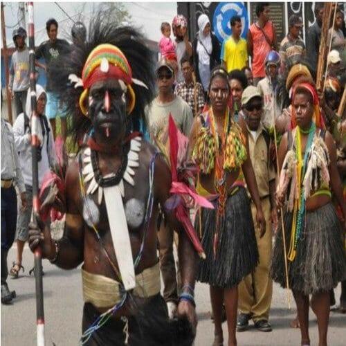 Pakaian Adat Papua Baju Yokal
