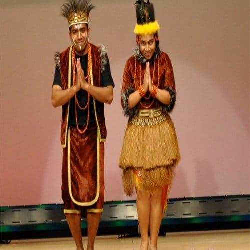 Pakaian Adat Papua Baju Holim