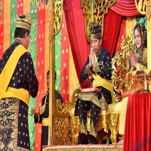 Pakaian Adat Riau Resmi