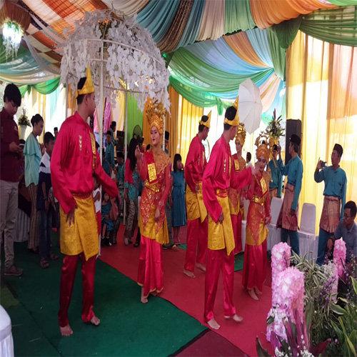 Tari Adat Sumatera Utara Tari Lenggang Patah Sembilan